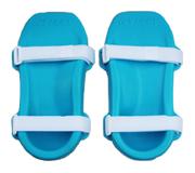 icy_feet_pair